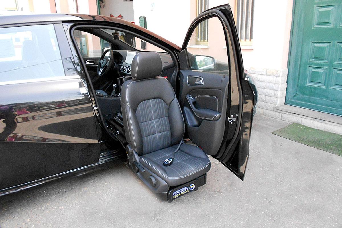 C400 Turnout Swivel Seat